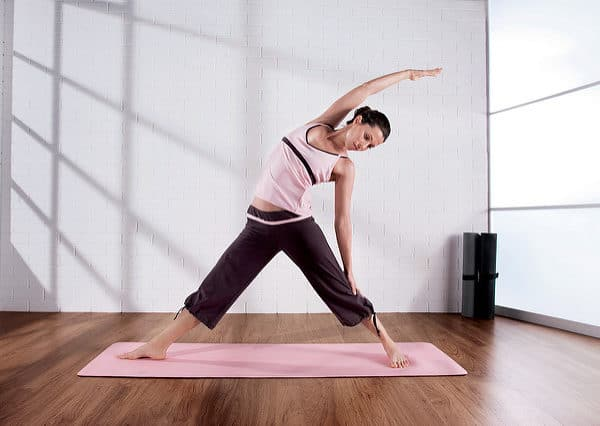 How to Convince Your Family & Friends to Try Yoga
